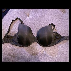 34 DDD Victoria Secret Bra